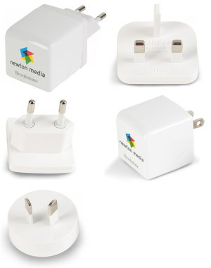 Brookstone 3.4A Travel USB Charger Image 2